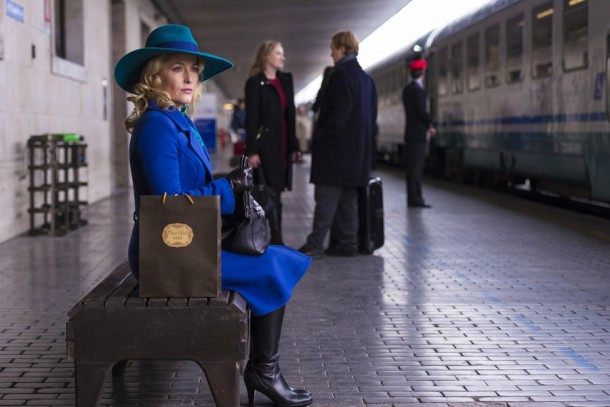"""HANNIBAL -- """"Antipasto"""" Episode 301 -- Pictured: Gillian Anderson as Dr. Bedelia Du Maurier -- (Photo by: Brooke Palmer/NBC)"""