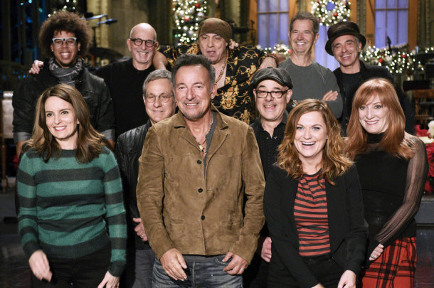 "SATURDAY NIGHT LIVE -- ""Tina Fey and Amy Poehler"" Episode 1692 -- Pictured: (l-r) Tina Fey, Bruce Springsteen, and Amy Poehler on December 17, 2015 -- (Photo by: Dana Edelson/NBC)"